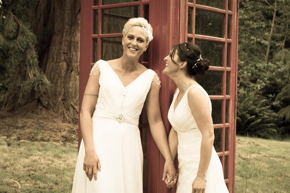 Brides photograph at Findgask Castle