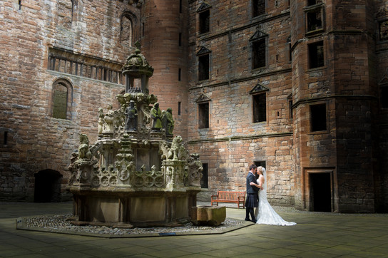 Linlithgow Palace Wedding Photograph