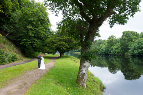 Perthshire Wedding Photography by the River Tay