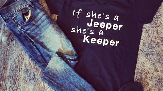 If She's A Jeeper She's A Keeper Tee