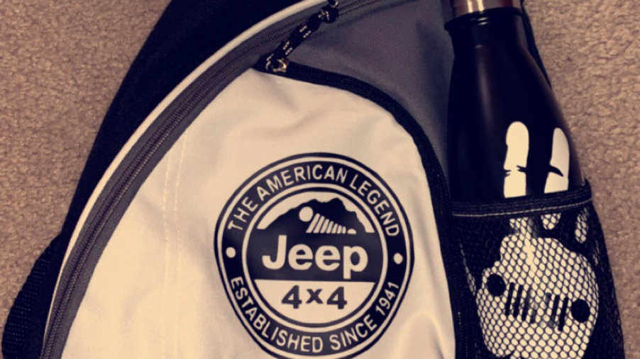 Jeep Crossbody Bag and Insulated Water Bottle Combo