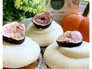 Pumpkin Spice Cupcakes with Vegan Cream Cheese Frosting