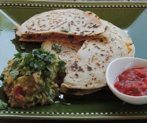 Quesadillas aux haricots noirs et aux patates douces