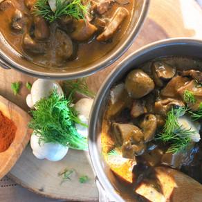 Vegan Hungarian Mushroom Soup