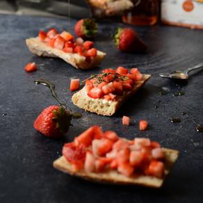 Bruschettas avec fraises & Brie