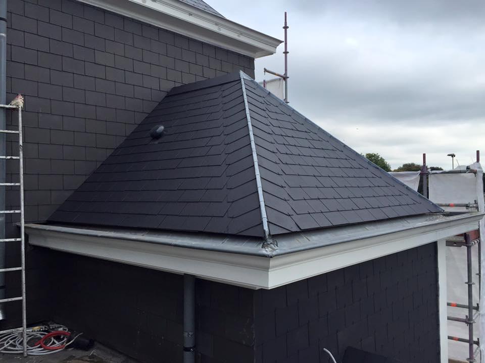 Niet te onderscheiden van nieuwe dakpannen