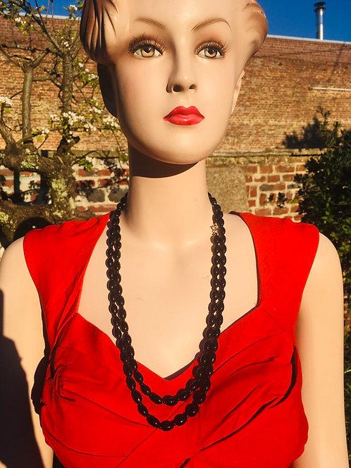 Collier vintage noir