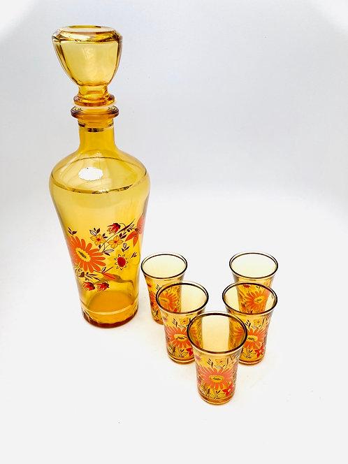 Carafe ambrée décor floral accompagnée de ses verres