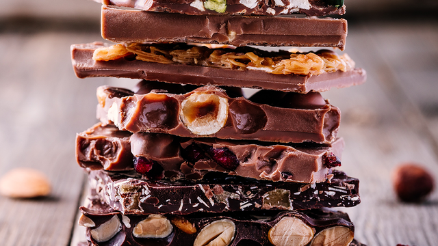 Cukormentes mogyorós étcsokoládé 300g