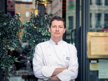 Comment réussir la transition numérique de mon restaurant?