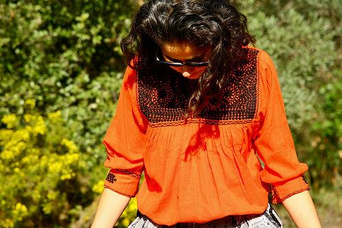 Blouse Itzel orange et noire