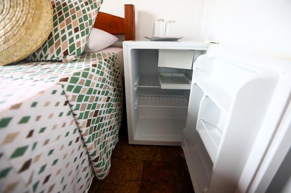 hospedaria-tayrona-quarto-serrano-frigob