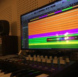 scrren studio.JPG