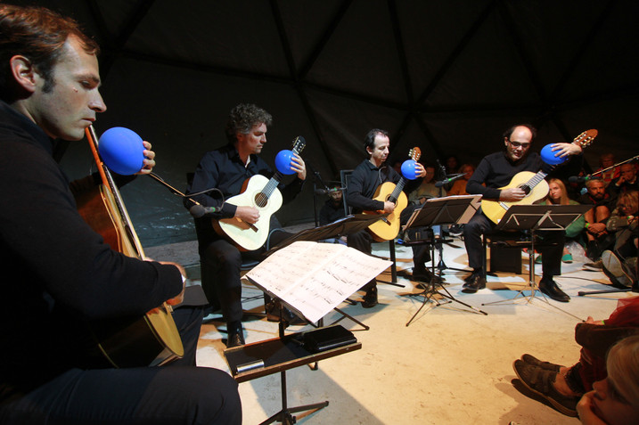 Aknīste, Riga | SANSUSĪ festival,Latvia ALEPH Gitarrenquartett playing Malte Giesen