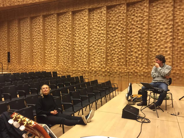 Hamburg Elbphilharmonie rehearsal with Sarah Maria Sun Tillmann Reinbeck 2017