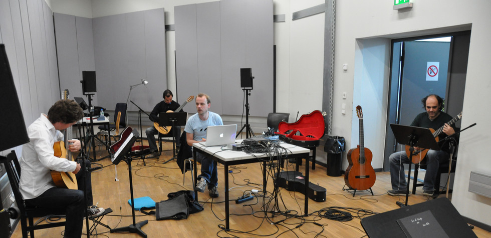 "Peter Jakober ""triften"" (for guitar quartet and electronics) rehearsel ZKM"