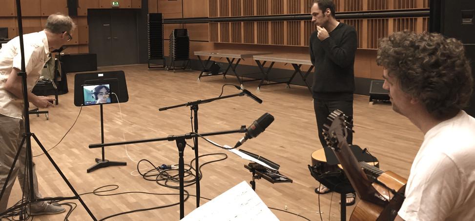 "ALEPH Gitarrenquartett recording Núria Núria Giménez Comas ""Tierra, polvo, tumba"" with Sebastian Schottke ZKM"