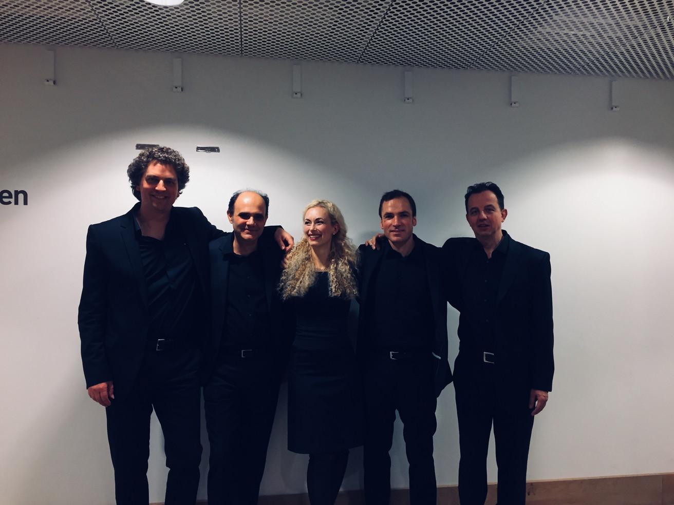 Hamburg, Elbphilharmonie with Sarah Sun.