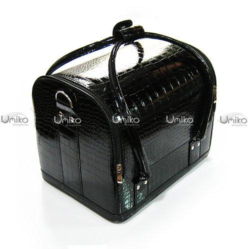 กระเป๋าหนังดำเงามีลาย