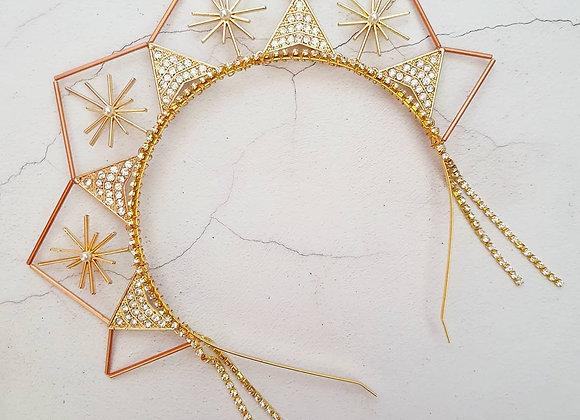 Geometric sparkle crown