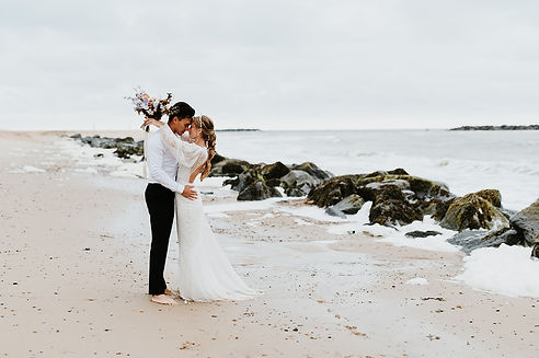 boho beach eleopement wedding dress and bridal hair accessories
