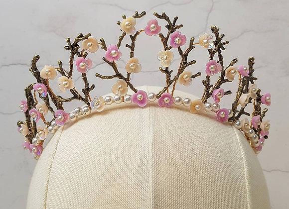Spring twig crown