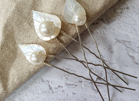 Vintage mother of pearl pins (set of 3)