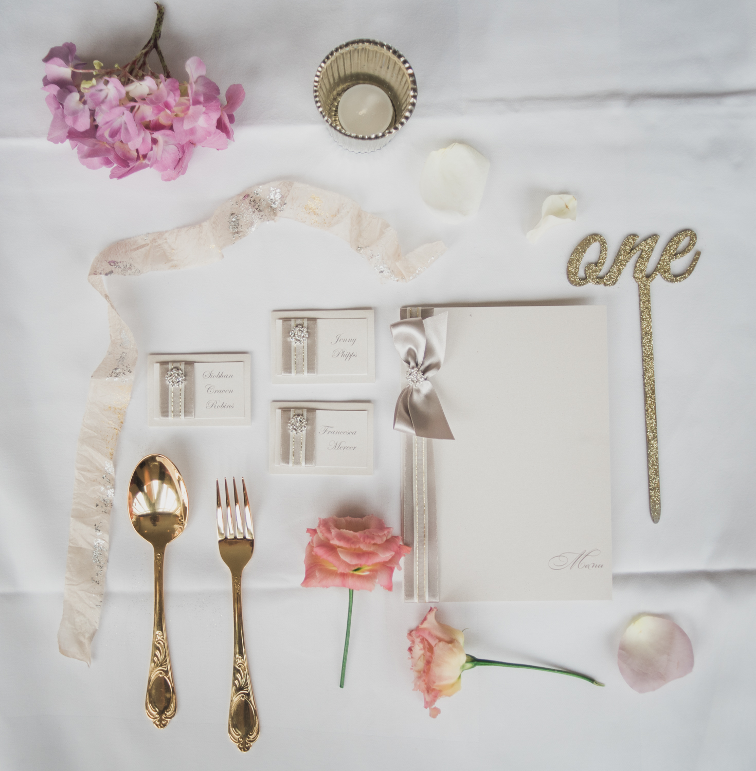 Dreamy and romantic table detail