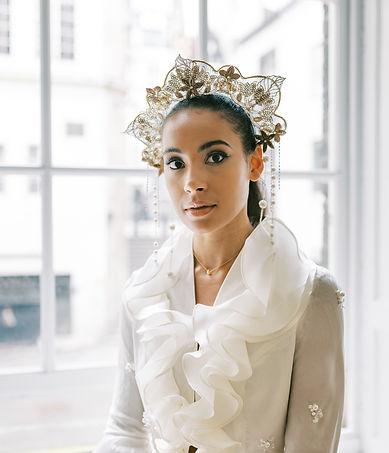 statment bridal headdress inspired by Art Nouveau era