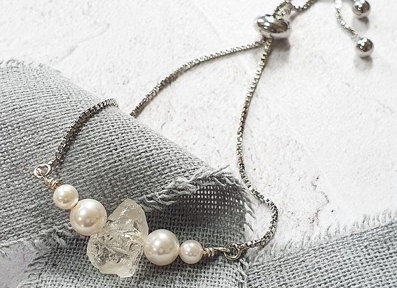 Quartz and pearl slider bracelet