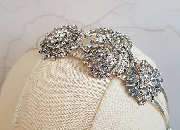 Trio of brooches band