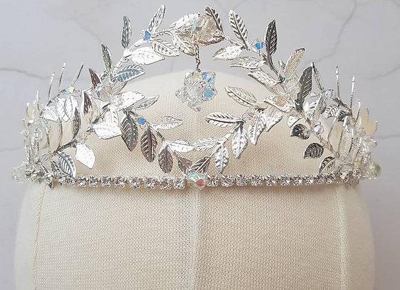 Crystal drop crown