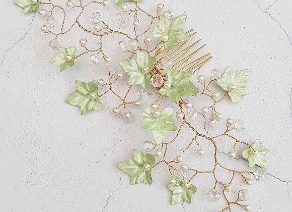 Ivy leaf comb