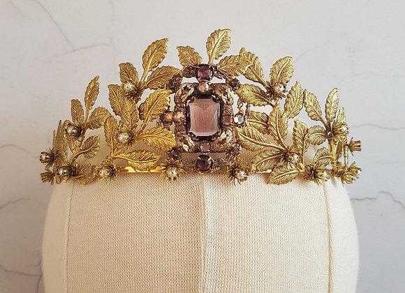 Unique aged gold vintage original crown