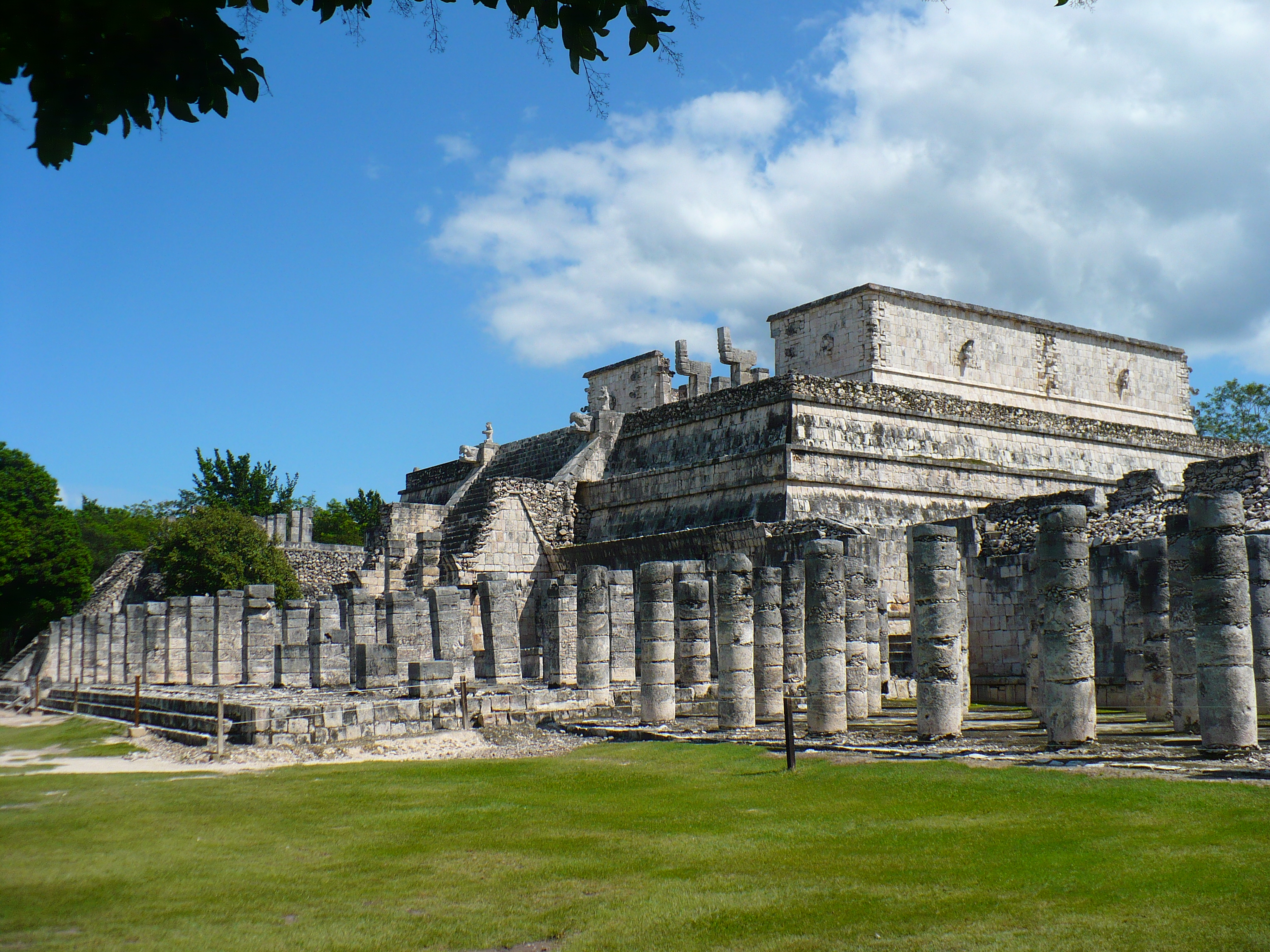 Temple of one thousand colums