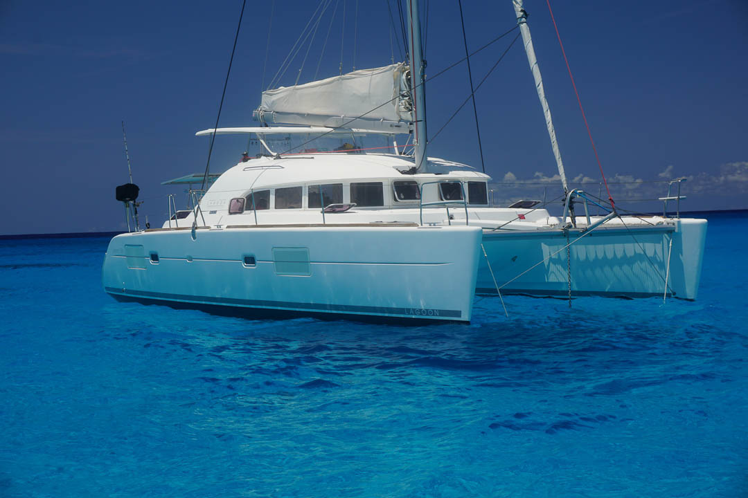 38' Lagoon Luxury Catamaran