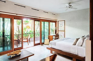 oceanview deluxe balcony suite 4.jpg
