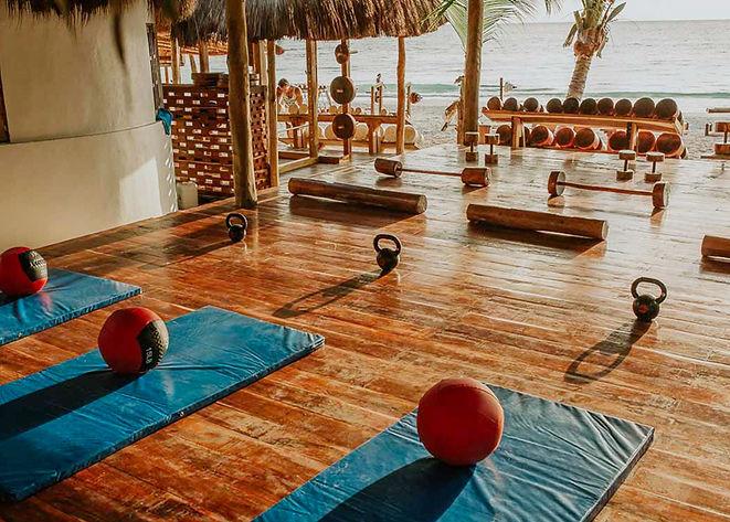 alaya-tulum-hotel-mexico-jungle-gympass.