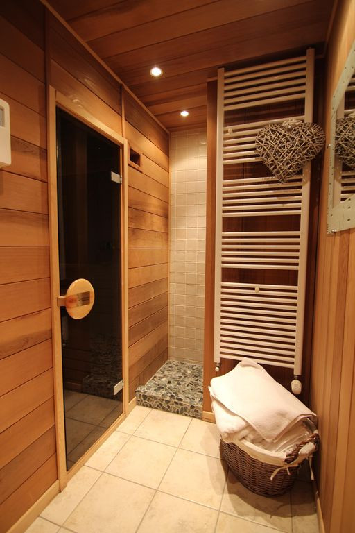 Sauna with Shower.jpg