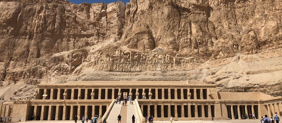 ron-switzer-temple-of-hathsepsutjpeg