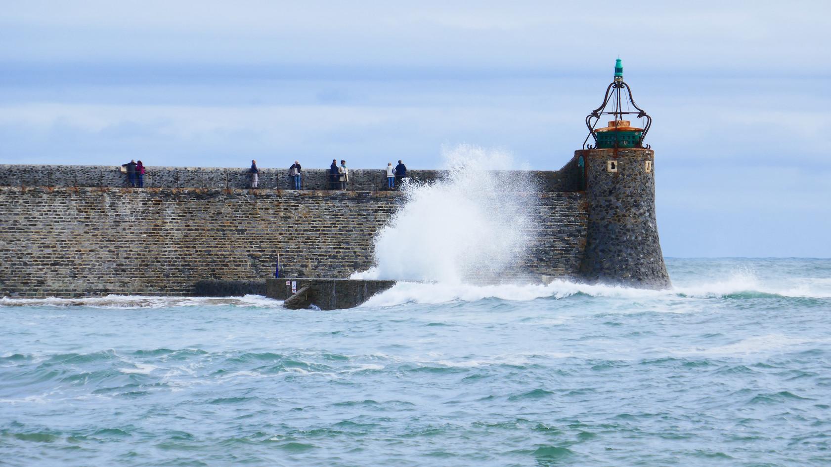 Wave splash sea wall.jpeg