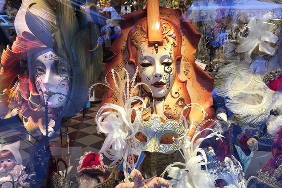 michael_bucknell_12_Masks_Venice.jpg