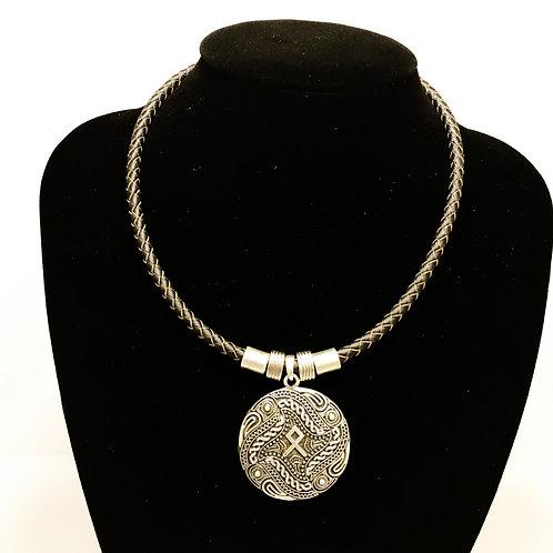 Nordic pendant -silver beads