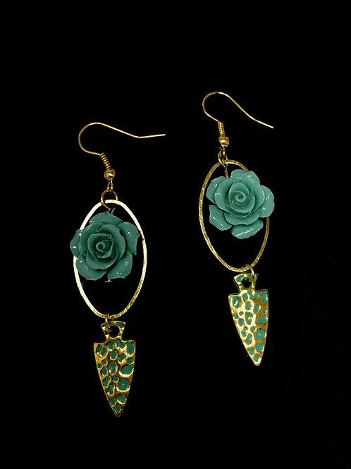 Rose & Arrowhead