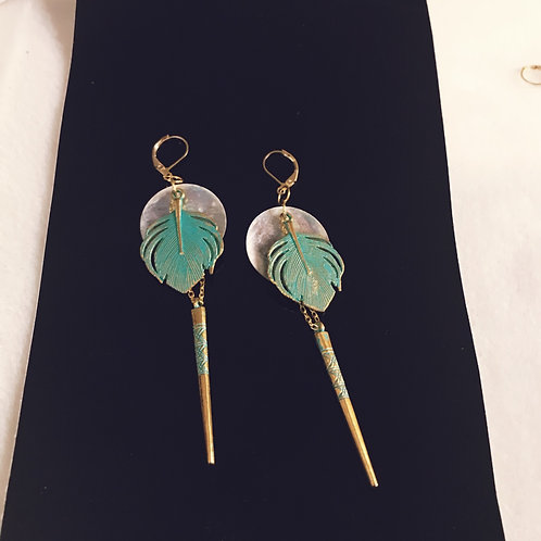 Gold&Green feathers and shell
