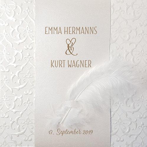 Klassische Hochzeitskarte mit Perlmuttband und kleiner Feder – Belarto