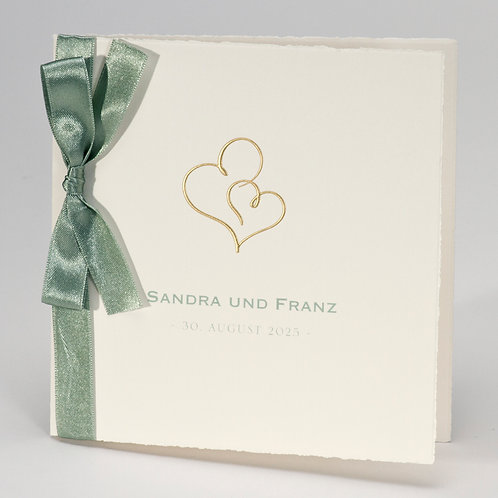 Büttenkarte mit Doppelherz in Gold & grünem Band – Büromac