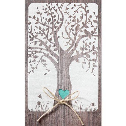 Einladungskarte mit Herzausschnitt in einem Baumstamm – Belarto