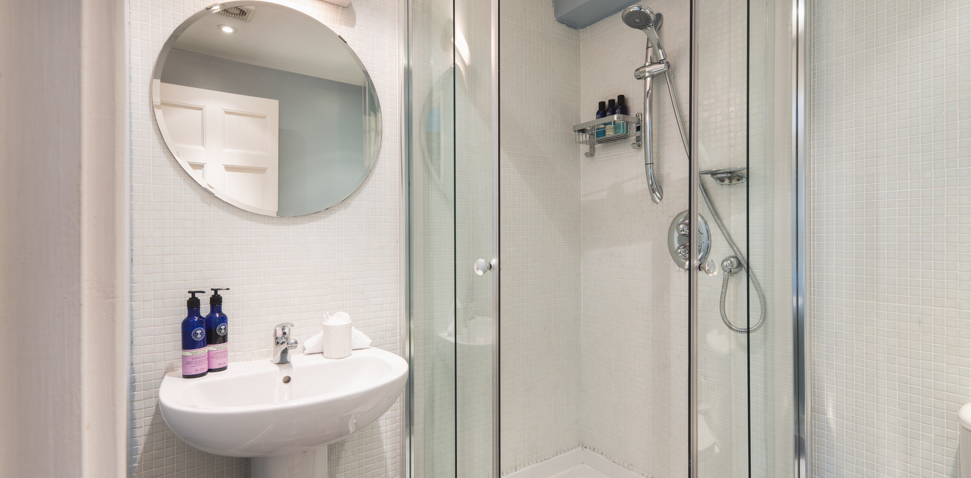 Crown shower room