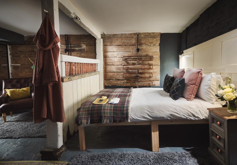 Stable bedroom